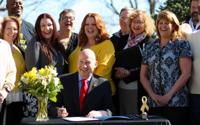 Governor Jack Markell Declares March Endometriosis Awareness Month in Delaware